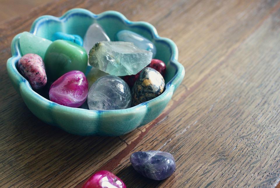 Joyería zodiacal: Descubre tu piedra de la suerte
